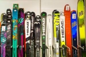 Utvalg av ski fra Intersport